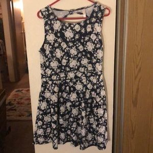 Xl blue and white floral dress from Target
